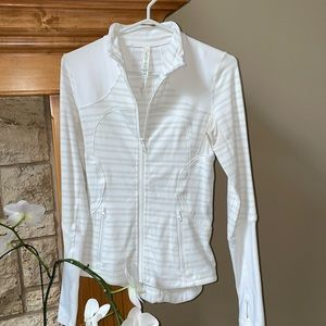 ☀️ Lululemon White Jacket with Stripes Size 4